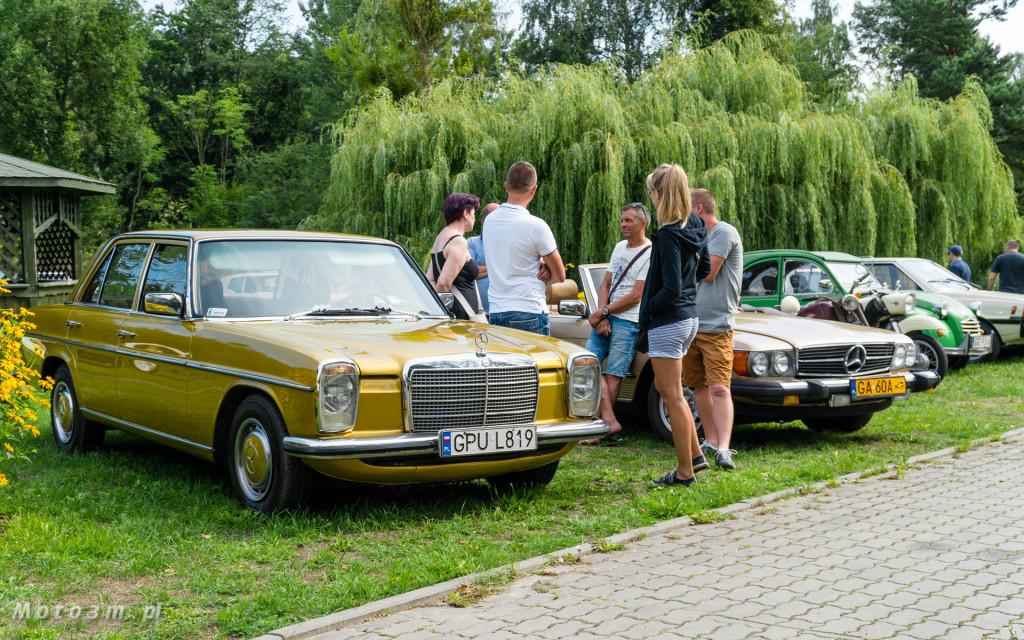 Moto Zoo 2018 - wystawa klasycznych samochodów w Gdańskim Ogrodzie zooologicznym-06926