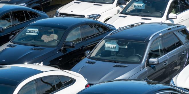 Stock, samochody, plac, Mercedesy Witman-13221888