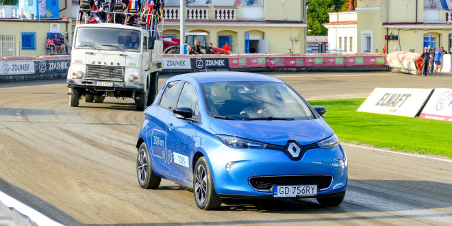 Nowe Renault ZOE - deboiut podczas meczu żużlowego GKS Wybrzeże-1770834