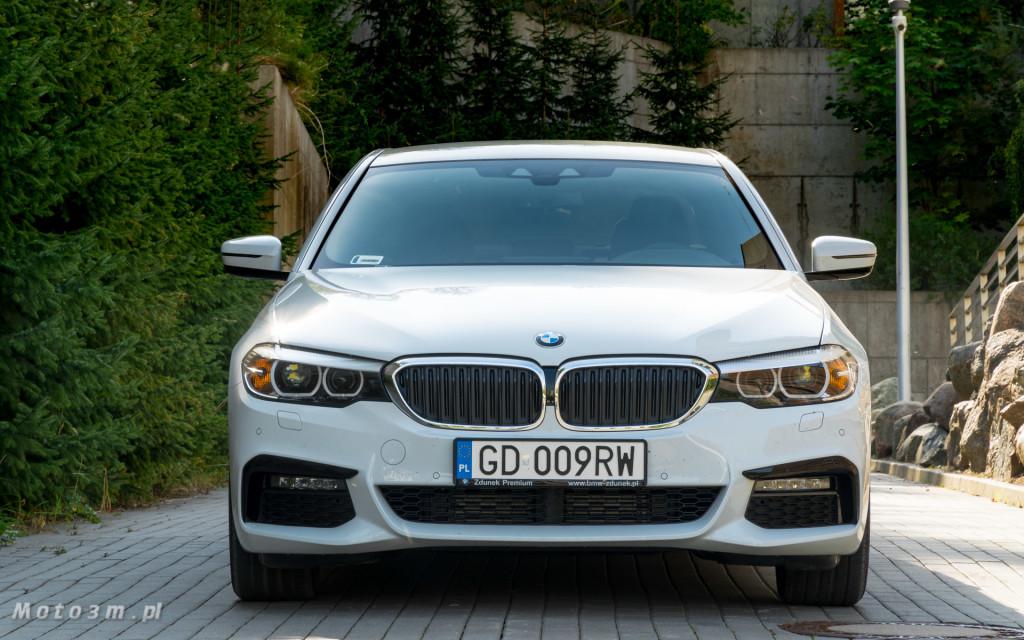 BMW 518d G30 test Moto3m-09231