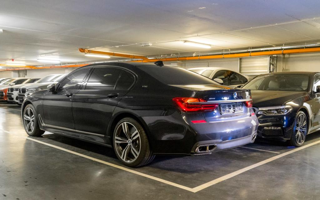 BMW M760Li w BMW M Power Zdunek-00005