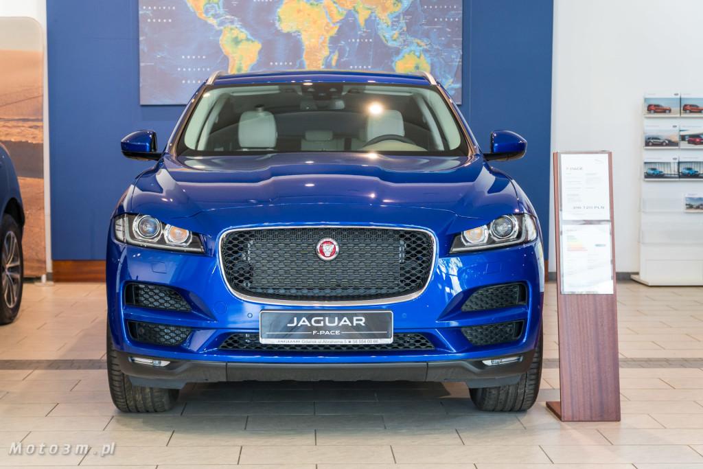 Jaguar F-PACE Showroom - oferty specjalne w British Automotive Gdańsk-01109