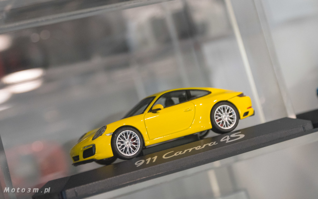Oryginalne akcesoria Porsche w Porsche Centrum Sopot-01572