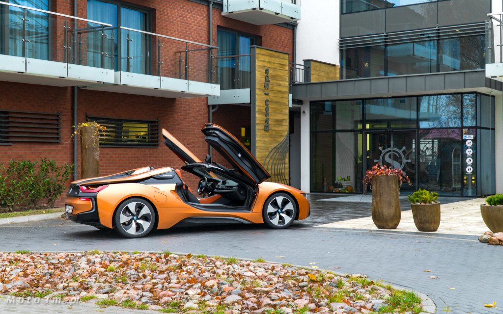 BMW i8 Roadster test Moto3m i BMW Zdunek-03350