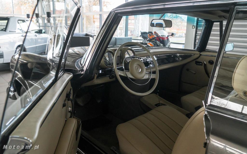 Mercedes-Benz 280 SE W111 w salonie ECI w Gdańsku -03041