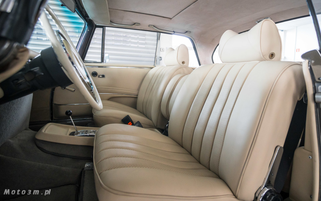 Mercedes-Benz 280 SE W111 w salonie ECI w Gdańsku -03047