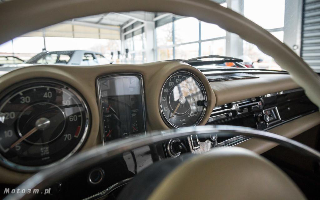 Mercedes-Benz 280 SE W111 w salonie ECI w Gdańsku -03048