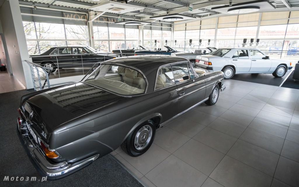 Mercedes-Benz 280 SE W111 w salonie ECI w Gdańsku -03051