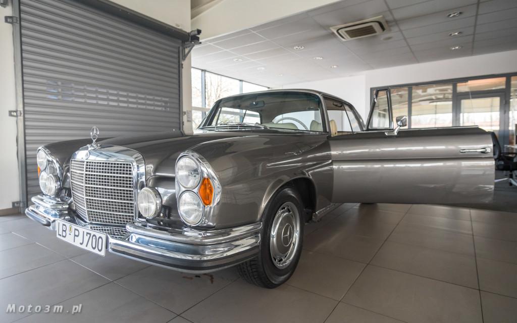 Mercedes-Benz 280 SE W111 w salonie ECI w Gdańsku -03053