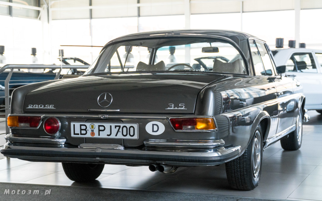 Mercedes-Benz 280 SE W111 w salonie ECI w Gdańsku -03061
