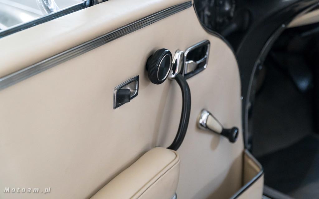 Mercedes-Benz 280 SE W111 w salonie ECI w Gdańsku -03064