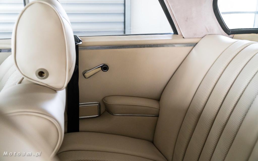 Mercedes-Benz 280 SE W111 w salonie ECI w Gdańsku -03072