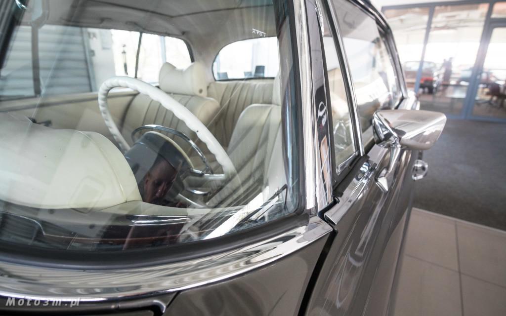 Mercedes-Benz 280 SE W111 w salonie ECI w Gdańsku -03088