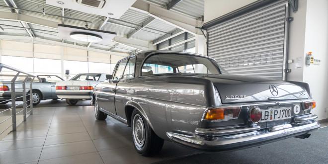 Mercedes-Benz 280 SE W111 w salonie ECI w Gdańsku -03089