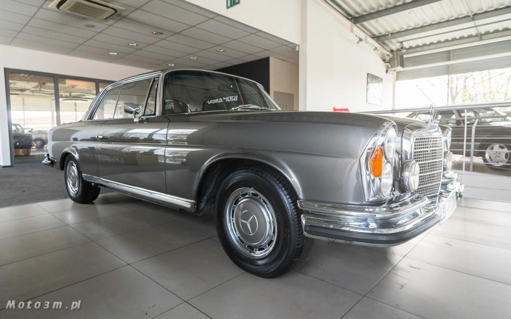 Mercedes-Benz 280 SE W111 w salonie ECI w Gdańsku -03095