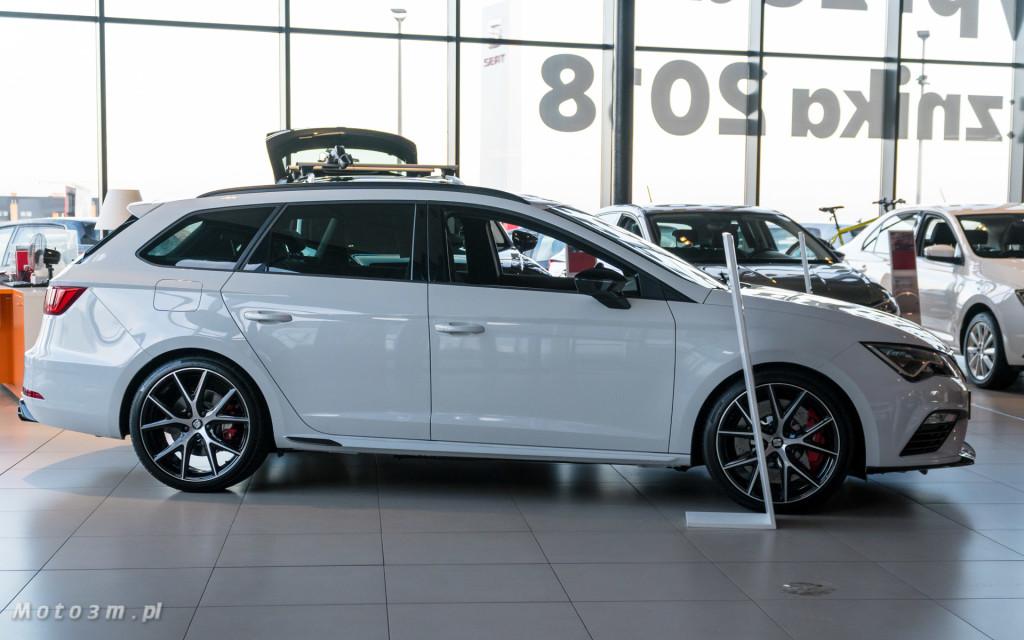 SEAT Leon ST CUPRA 370 Carbon w SEAT Plichta-04806