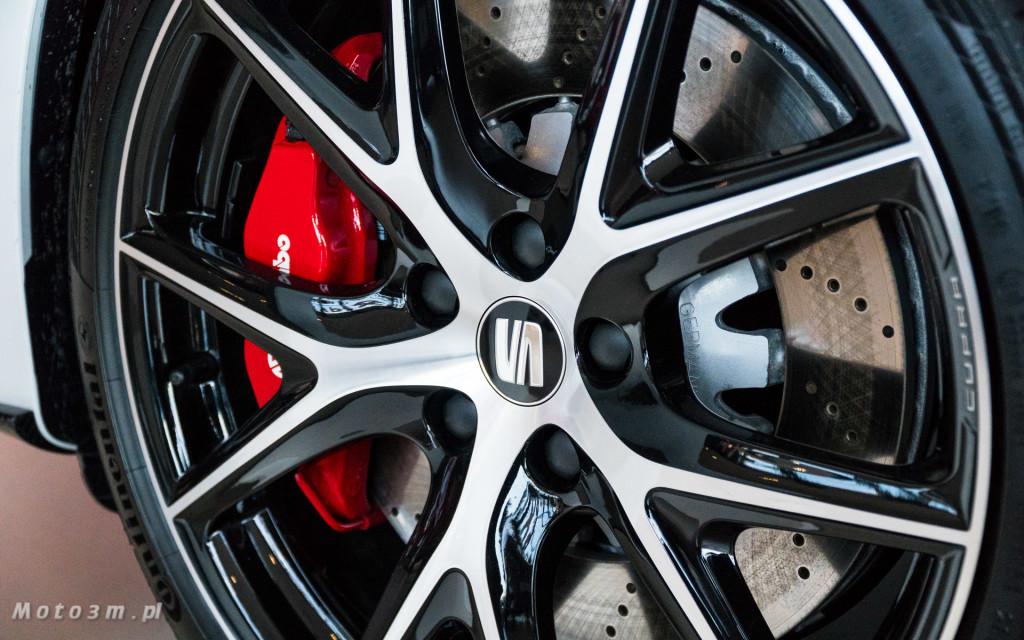 SEAT Leon ST CUPRA 370 Carbon w SEAT Plichta-04817
