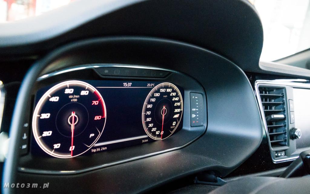 SEAT Leon ST CUPRA 370 Carbon w SEAT Plichta-04824