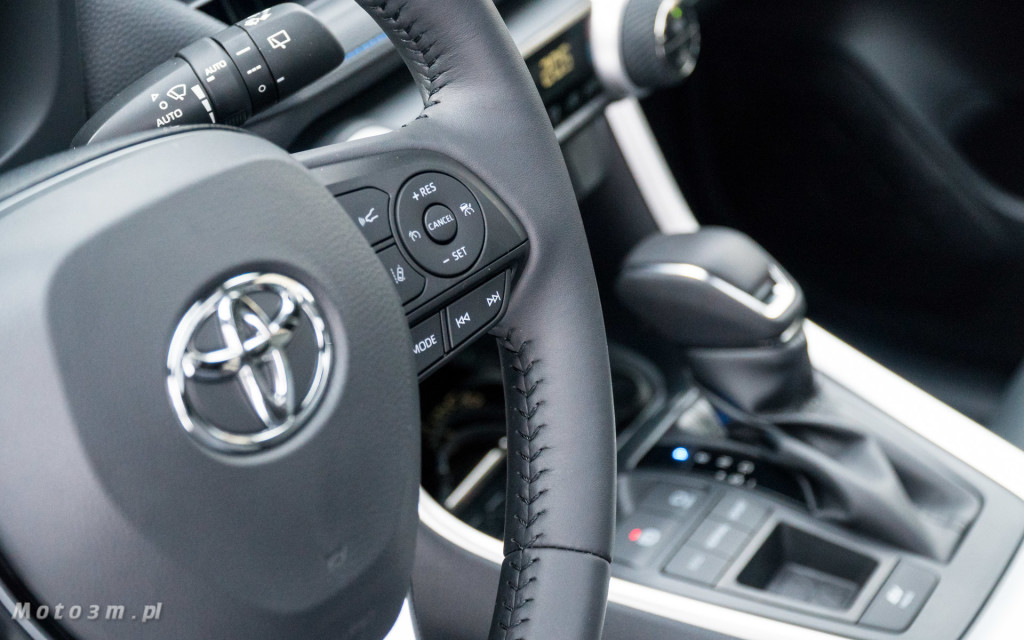 Nowa Toyota RAV4 od Toyota Walder - test Moto3m-06172
