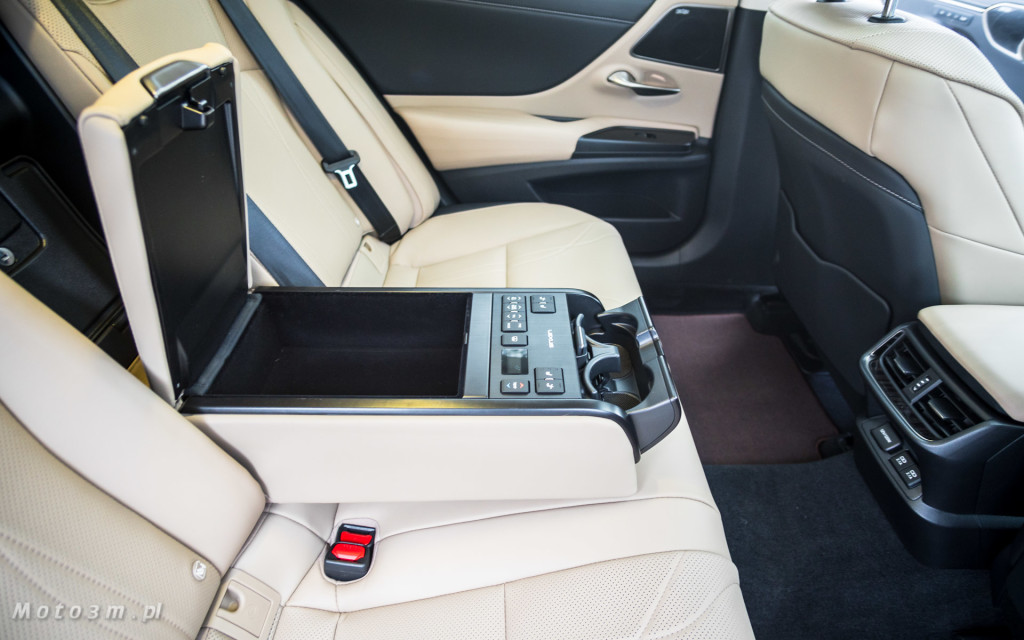 Nowy Lexus ES 300h od Lexus Trójmiasto - test Moto3m -05526