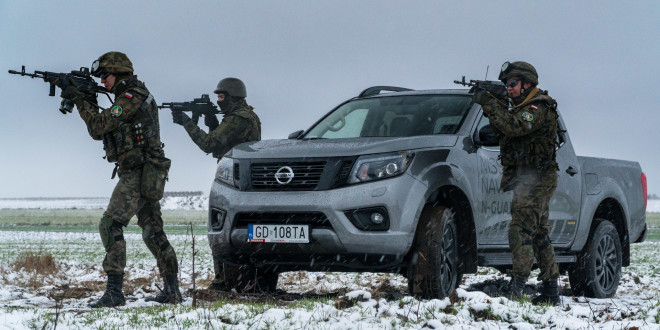 Nissan Navara N-Guard od Zdunek KMJ-07560