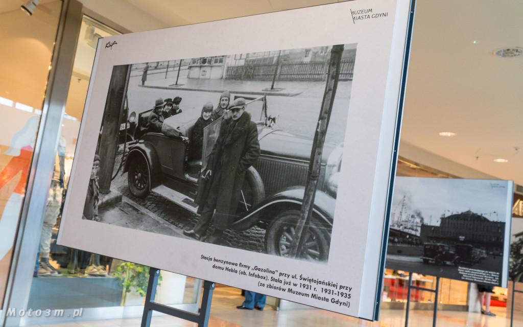 Wystawa w Galerii Klif - -Jazda! Motoryzacja w międzywojennej Gdyni--00181