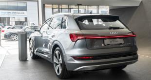 Audi e-Tron debiutuje w Audi Centrum Gdańsk - elektryczny SUV z 4 pierścieniami-01890