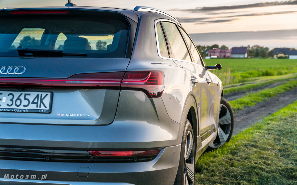 Audi e-tron - test moto3m-02446