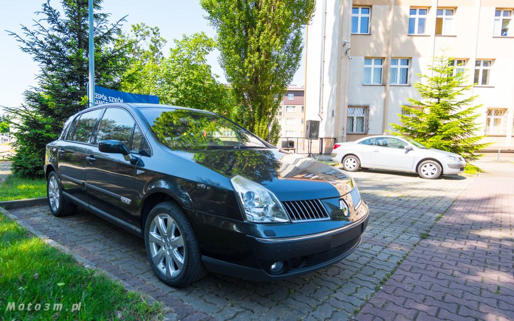 Renault i Grupa Zdunek przekazały Zespołowi Szkół Samochodowych silniki, skrzynię biegów oraz samochody do nauki-03178