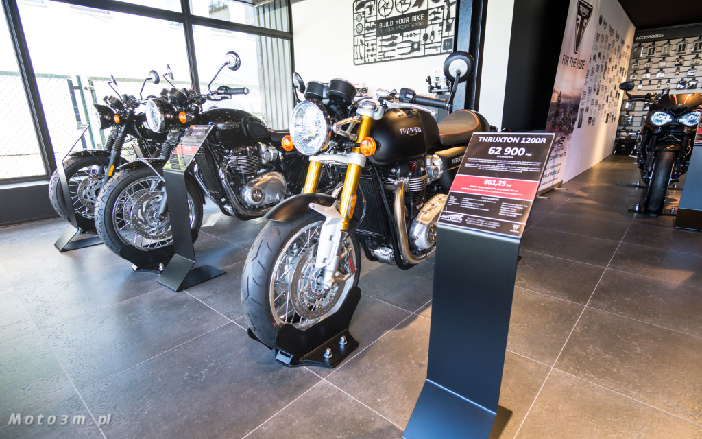 Jeden z 750 motocykli Triumph Thruxton TFC sprzedany w Gdańsku-03459