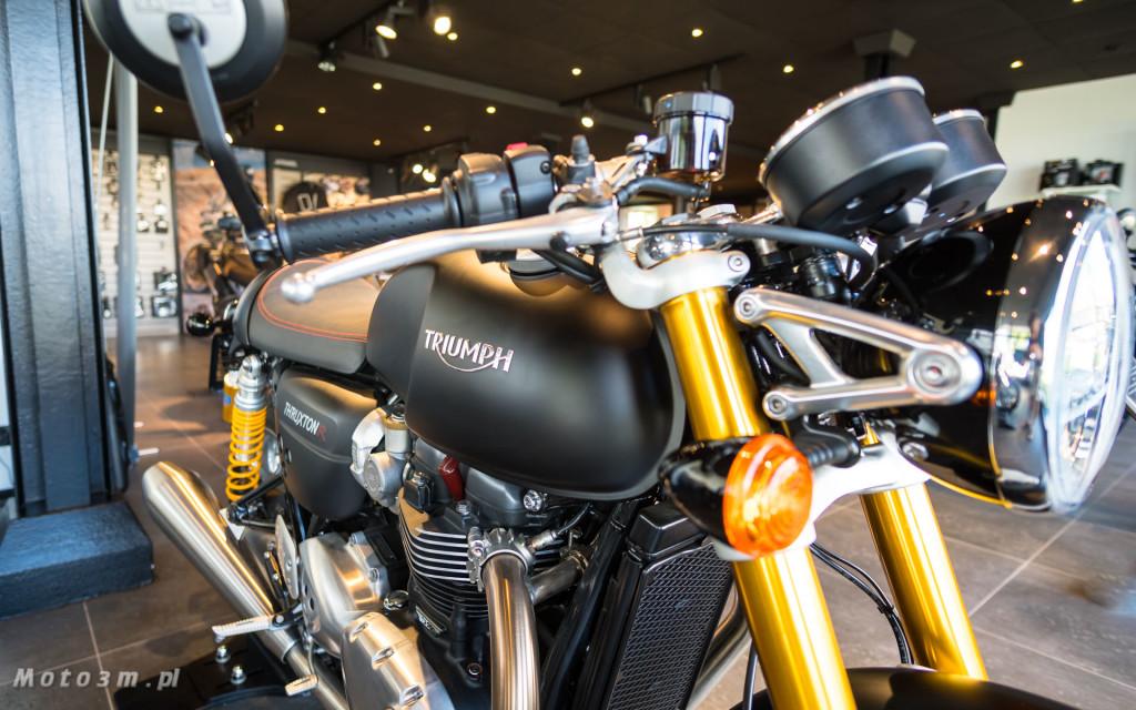 Jeden z 750 motocykli Triumph Thruxton TFC sprzedany w Gdańsku-03460
