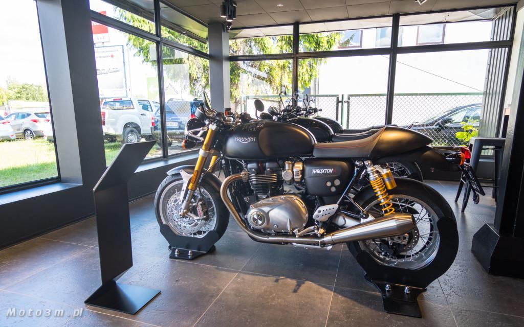 Jeden z 750 motocykli Triumph Thruxton TFC sprzedany w Gdańsku-03464