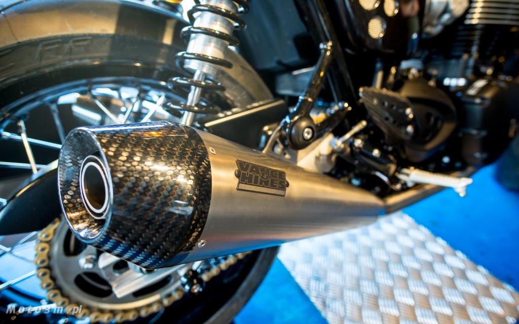 Jeden z 750 motocykli Triumph Thruxton TFC sprzedany w Gdańsku-03469