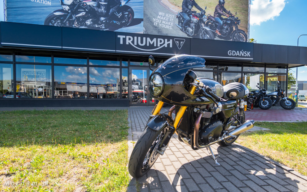 Jeden z 750 motocykli Triumph Thruxton TFC sprzedany w Gdańsku-03487