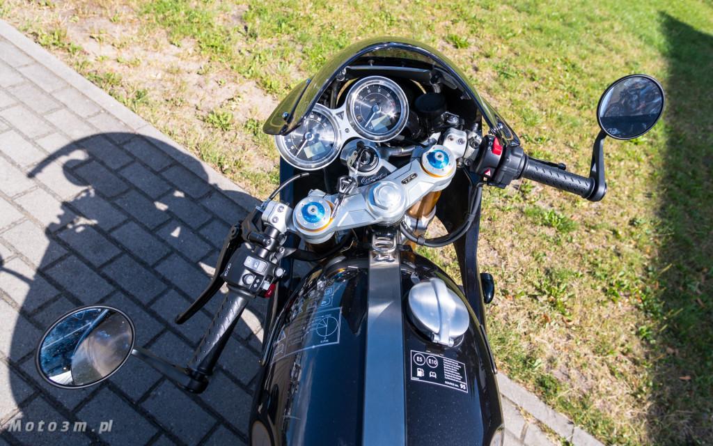 Jeden z 750 motocykli Triumph Thruxton TFC sprzedany w Gdańsku-03490