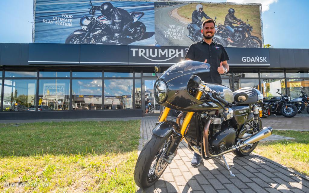 Jeden z 750 motocykli Triumph Thruxton TFC sprzedany w Gdańsku-03495