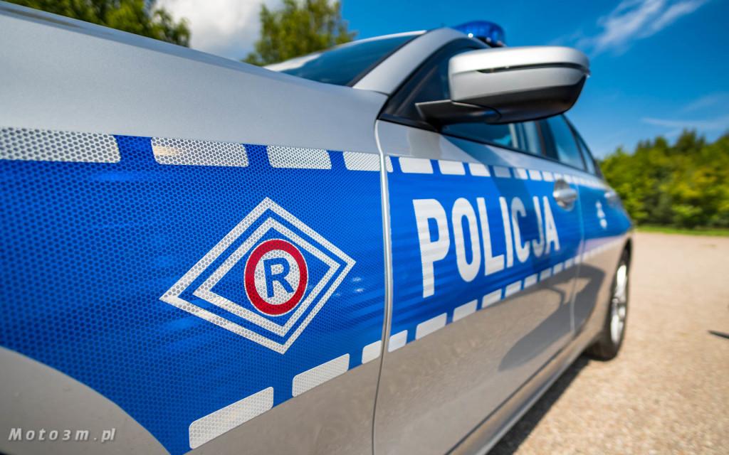 Policyjne radiowozy BMW - oznakowane i nieoznakowane. Policja, garnizon pomorski-04285