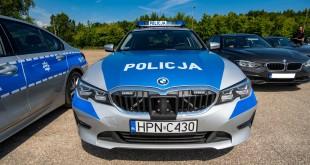 Policyjne radiowozy BMW - oznakowane i nieoznakowane. Policja, garnizon pomorski-04287